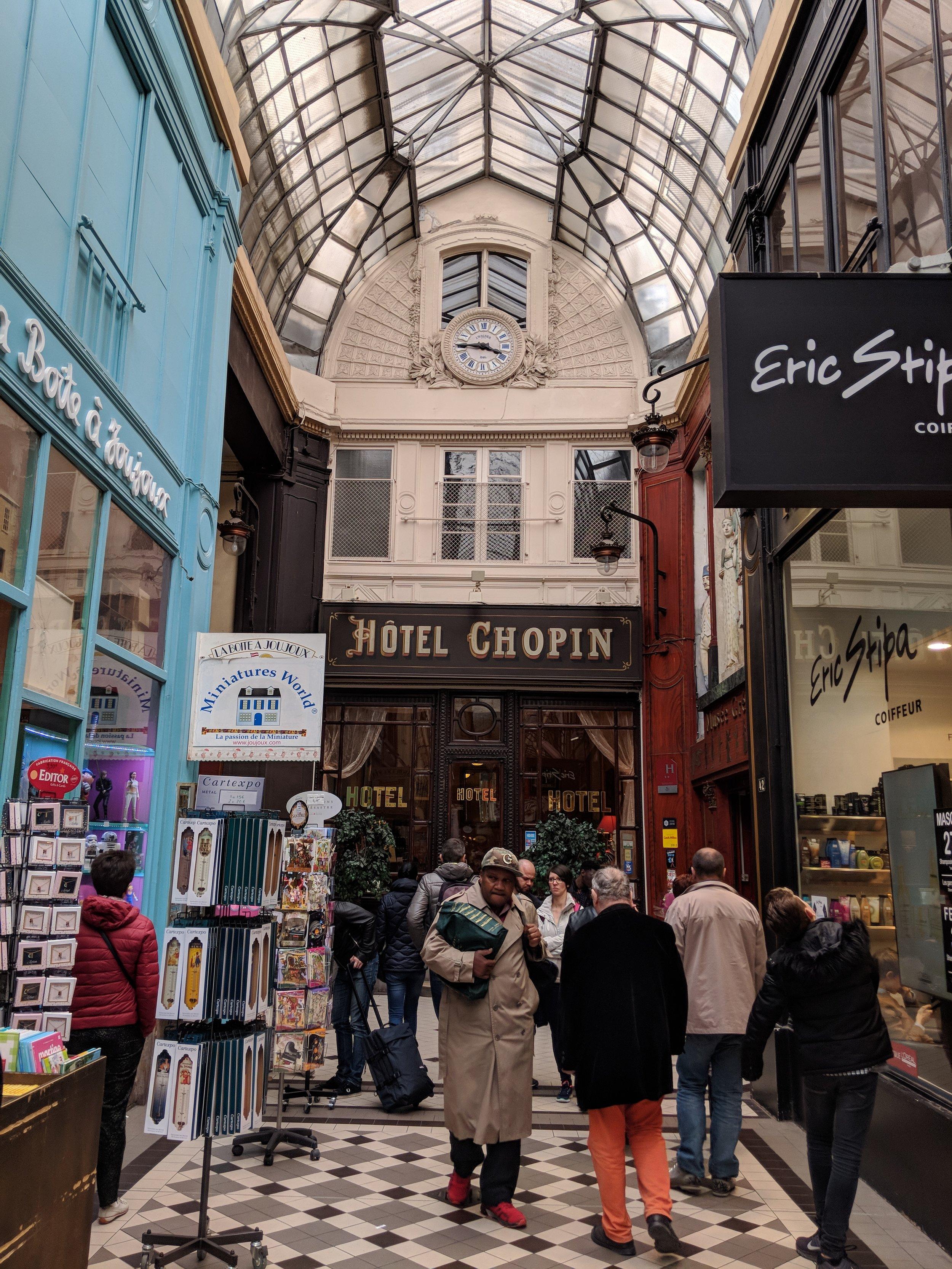 Stumbling upon alleyway markets and hidden hotels