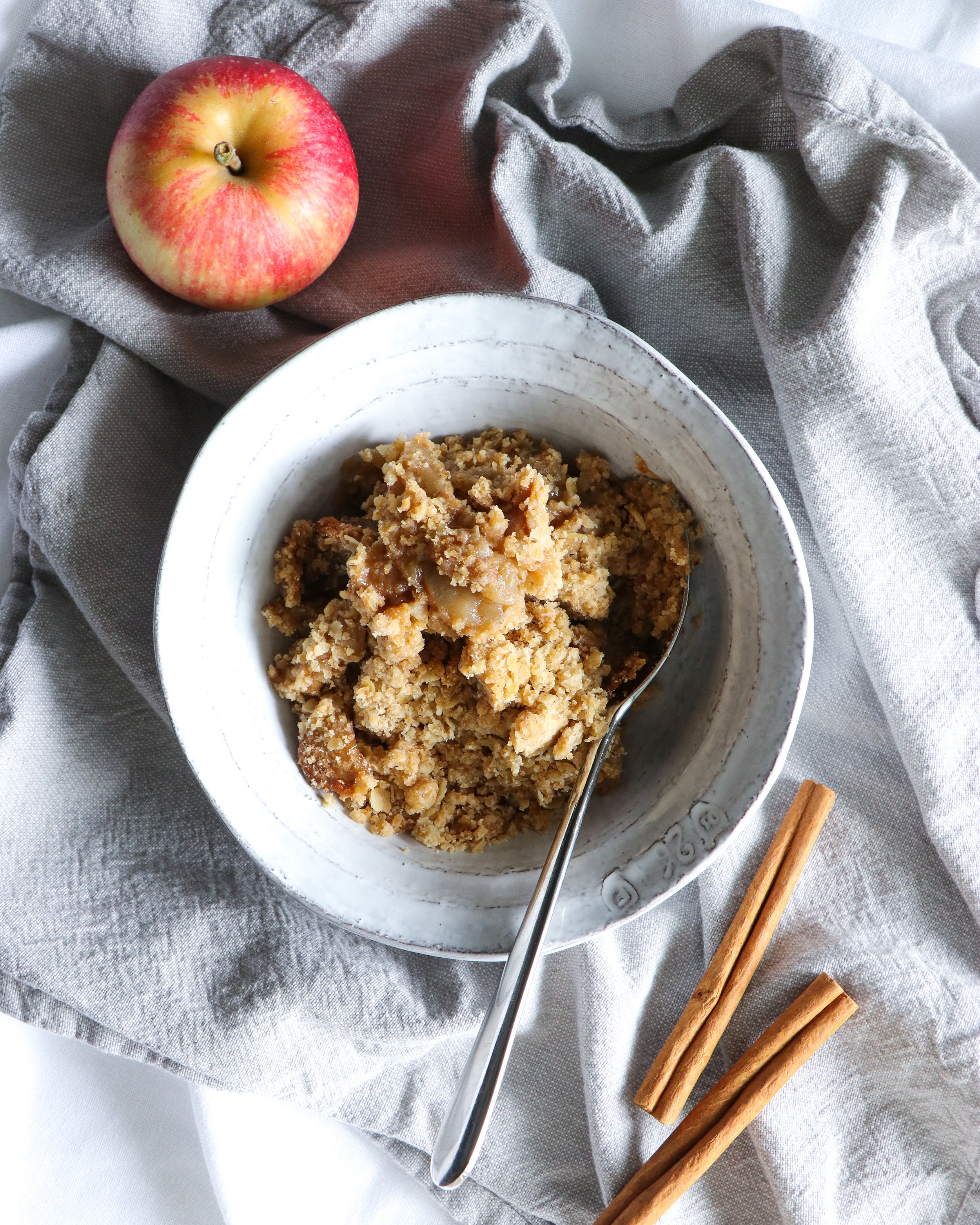 dairy and egg free vegan apple crumble recipe