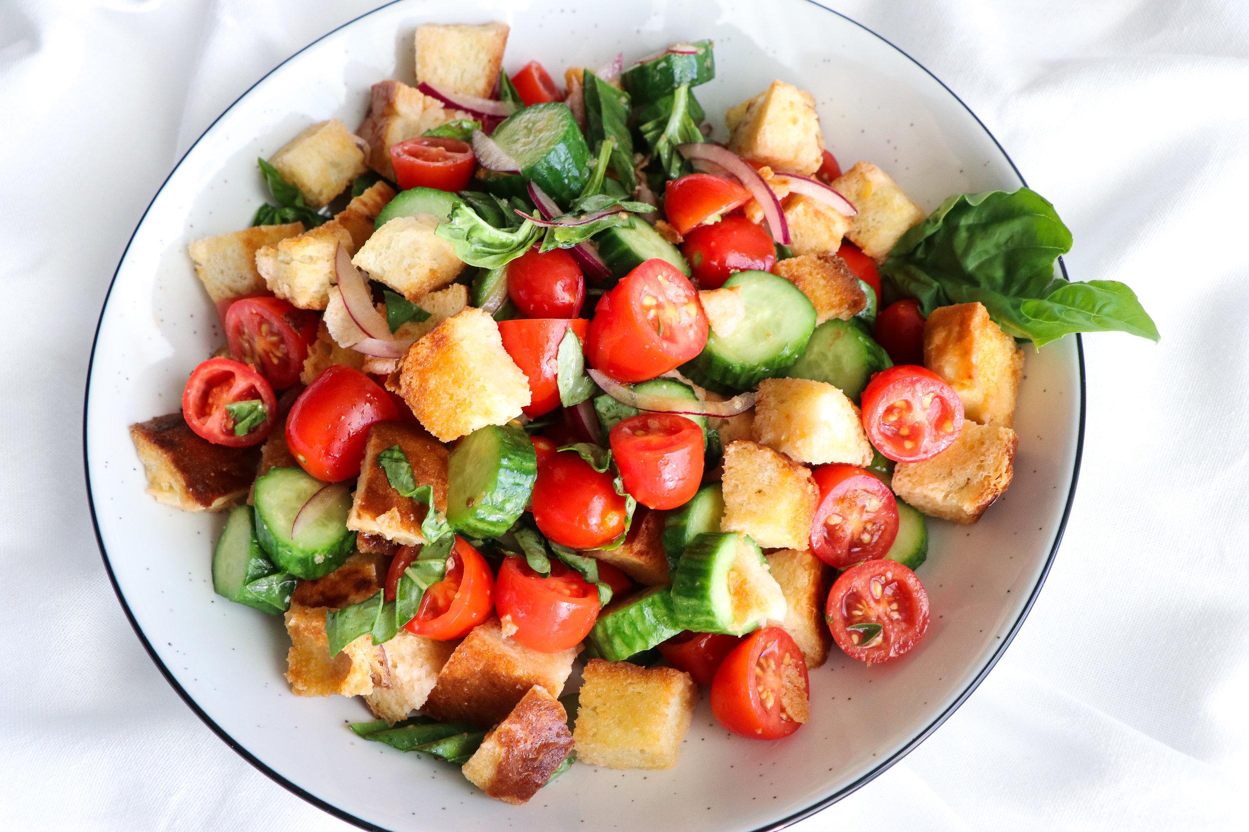 tomato cucumber panzanella salad 3.jpg