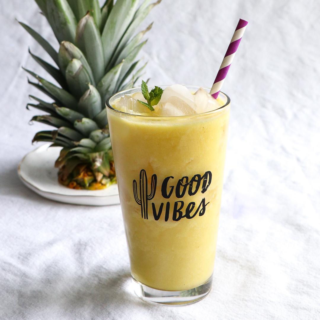 creamy pineapple white tea latte 1 - cropped.jpg
