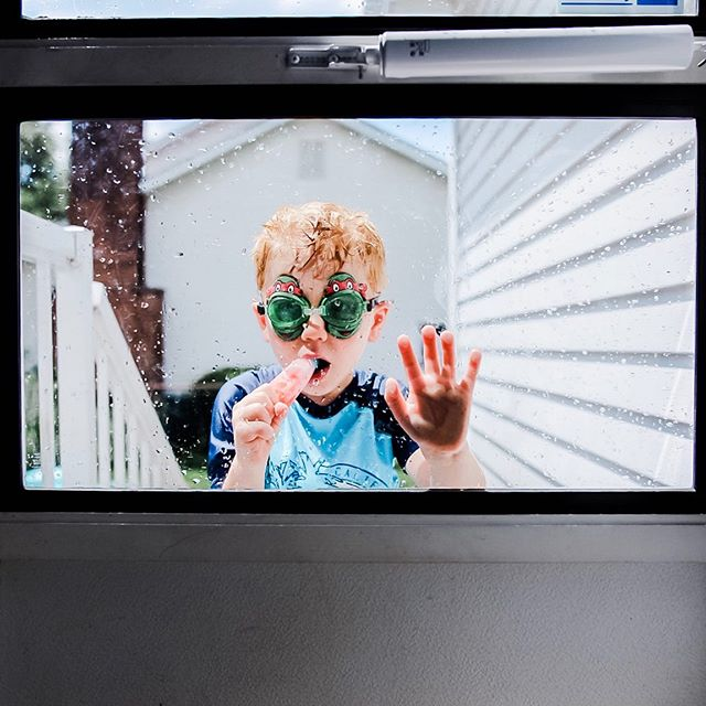 When the literal summer of 2019 is smooshed up against your back door, so you're all, here's a popsicle 🍭 💙 Welcome to our Boy Mom Loop  There's something extra special about a bond between a mother and son. I have teamed up with an amazing group of Mamas celebrating the joys of having boys!  Follow along the #boymom_loop  Next up is @the.byrum.boys 💙