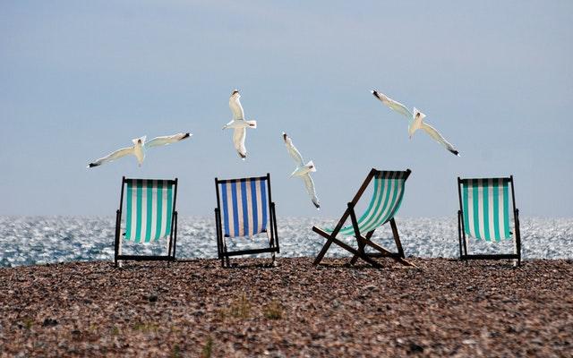 summer-beach-seagulls-deckchairs.jpg