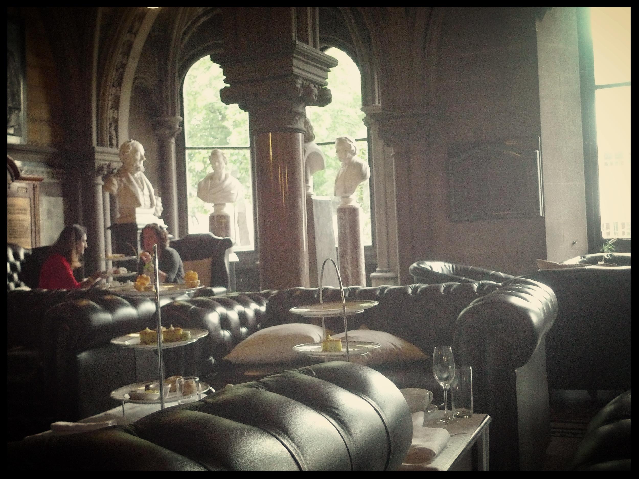 Sculpture Hall Cafe