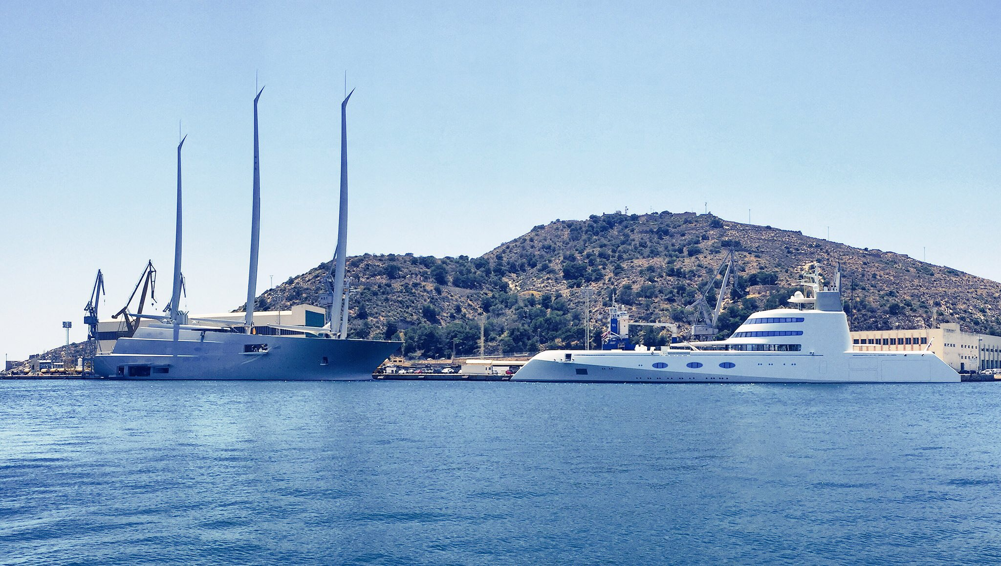 Both boats belong to a Russian billionaire... this is what £660m will get you at your local dockyard.