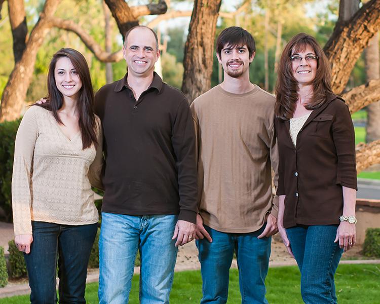 Family Portrait CWLIFE008.jpg
