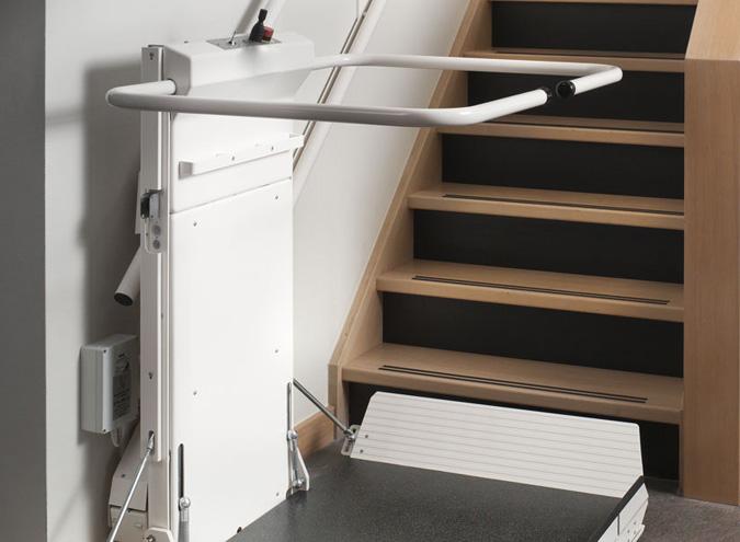 MONTASCALE→   La soluzione per una completa autonomia, nella tua casa e negli esercizi commerciali e pubblici.