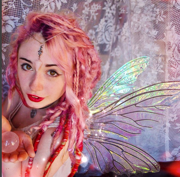 ellie.paisly in my ripped off Teasel Fairy Wings in Clear
