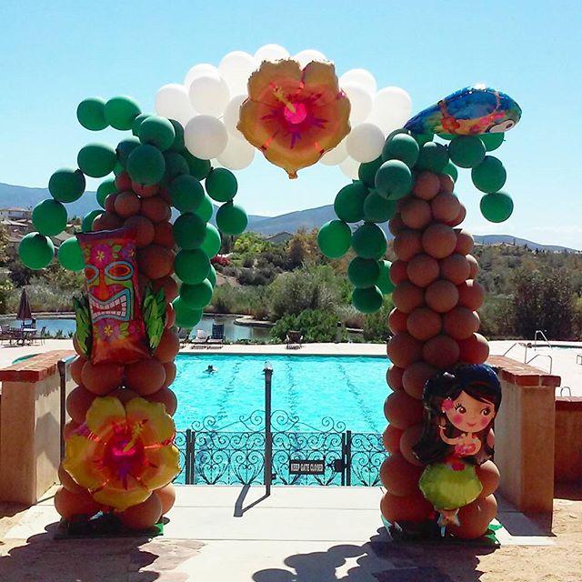 palm tree hula arch sculpture.jpg