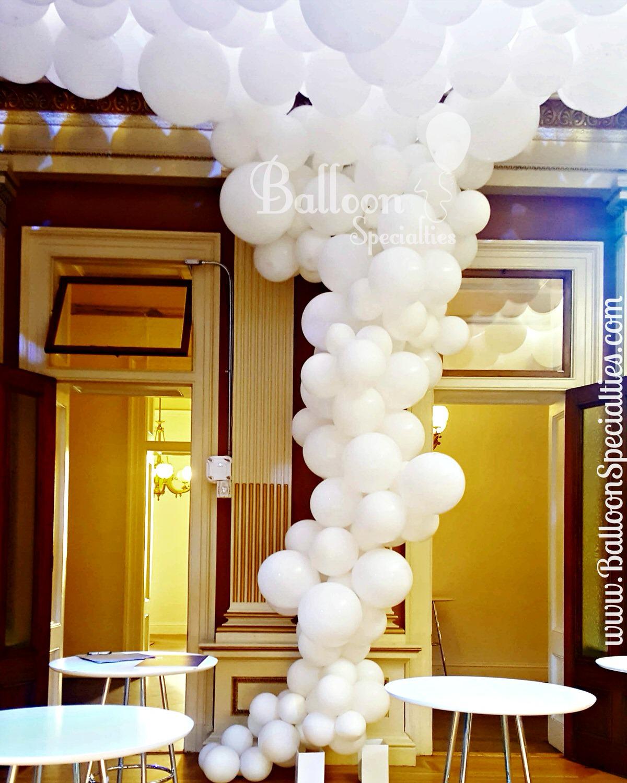 Organic  Tornado Garland Design _ Balloon Specialties.jpg