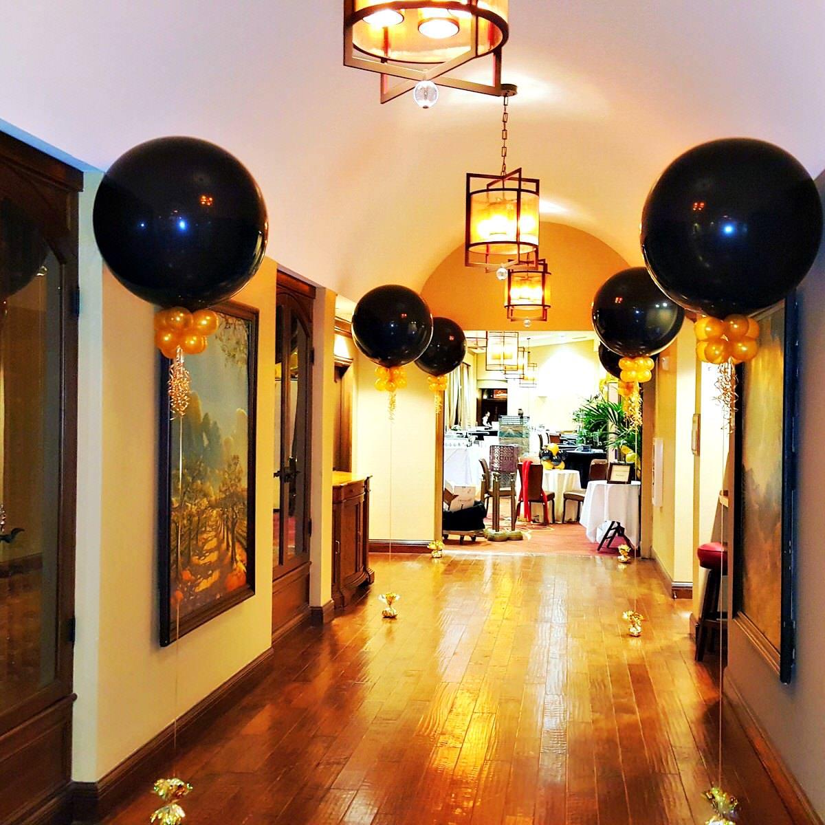 3ft Balloons Collars  Frills.jpg