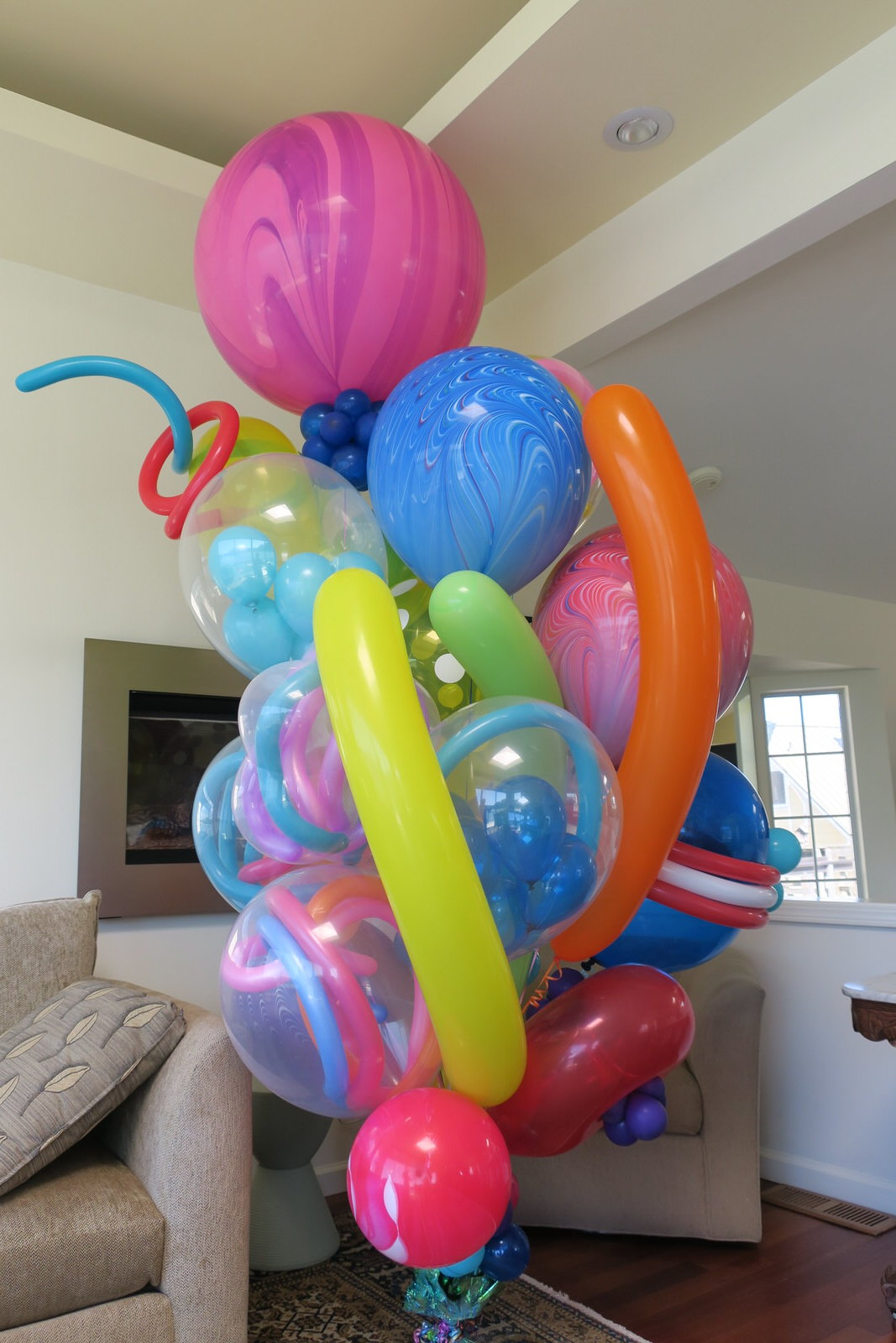 Balloon Specialties Unique Balloon Bouquet.JPG