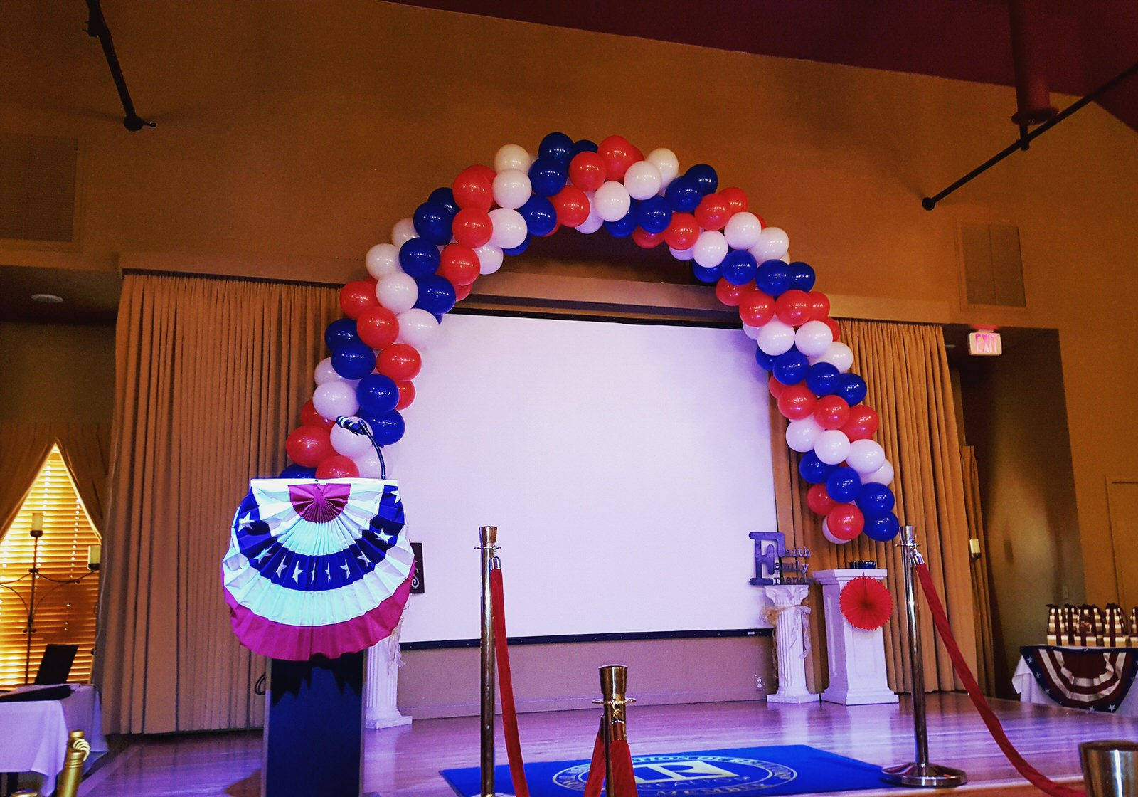 election themed balloon arch.jpg