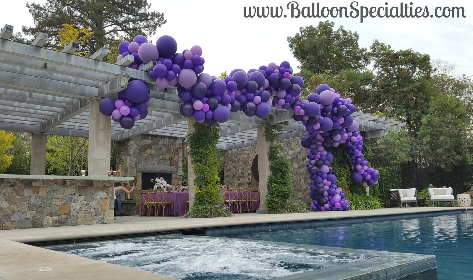 Zim Balloon Specialties Balloon Garlands San Francisco.jpg
