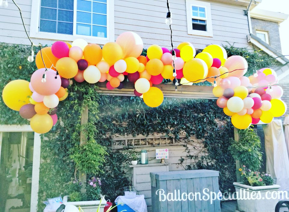 Fall Harvest Balloon Garland Napa California Zim Balloon Specialties.jpg