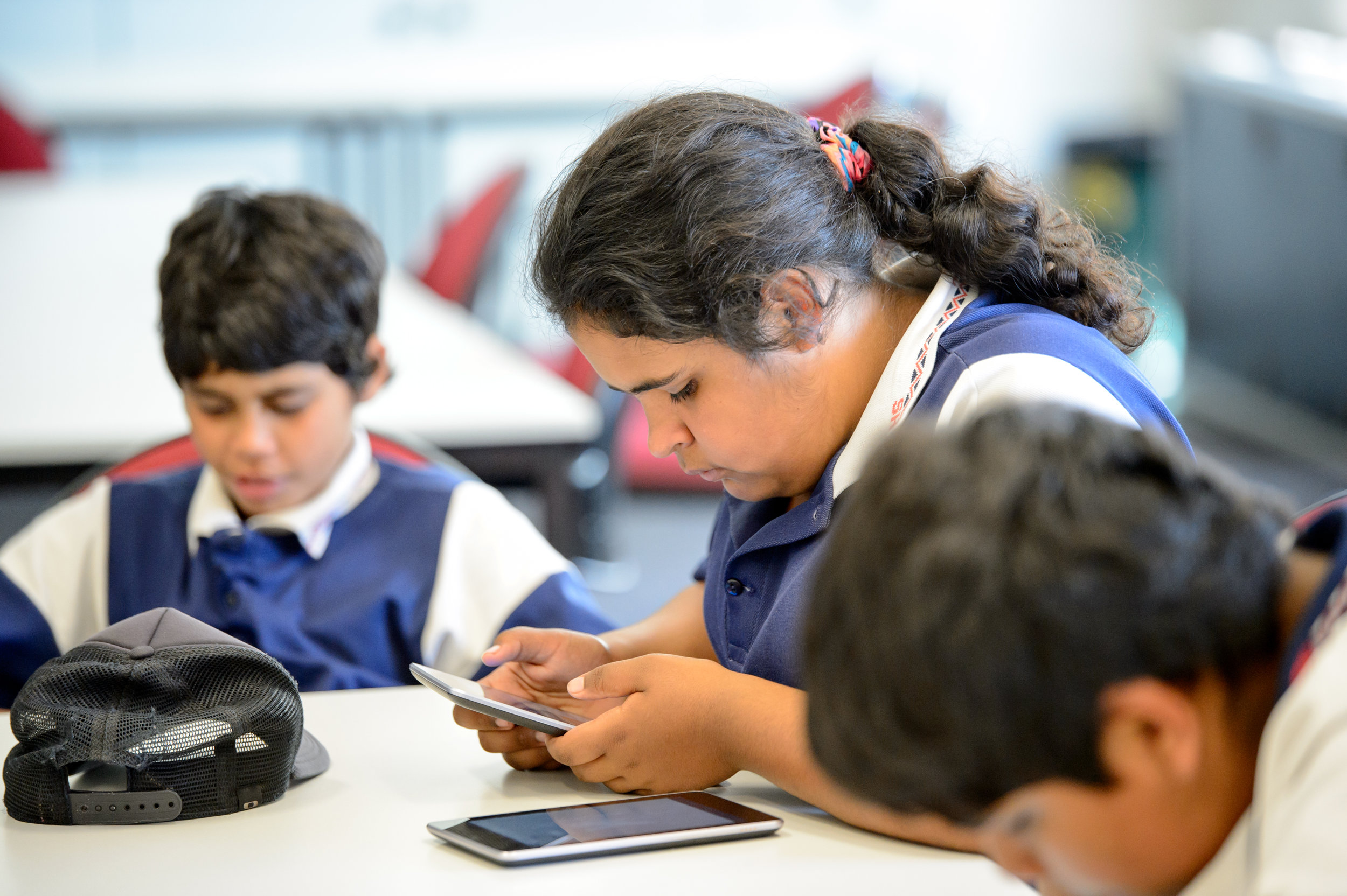 Students with their e-readers.  Credit: Indigenous Reading Project.