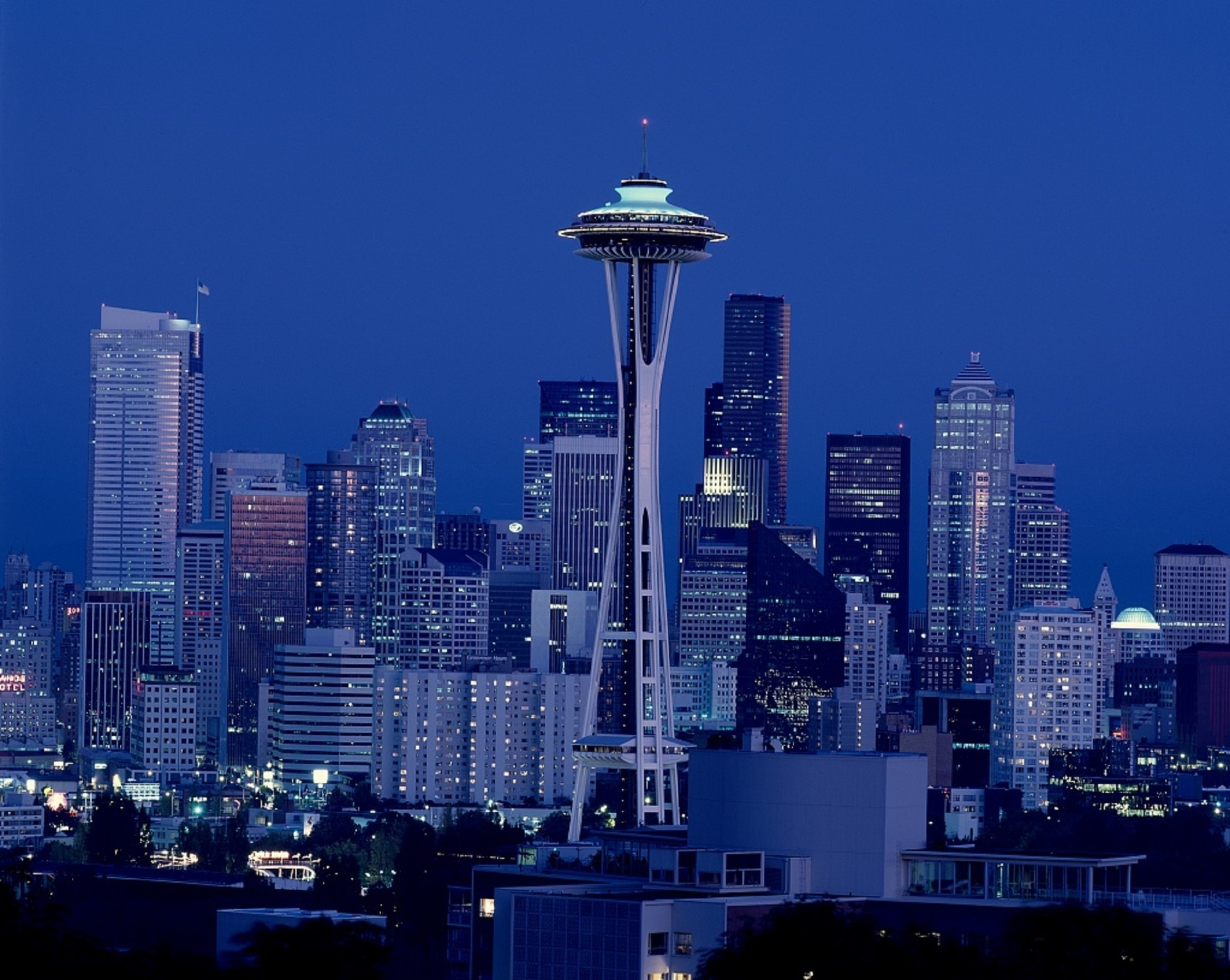 seattle-skyline-14904764209Wo-2.jpg