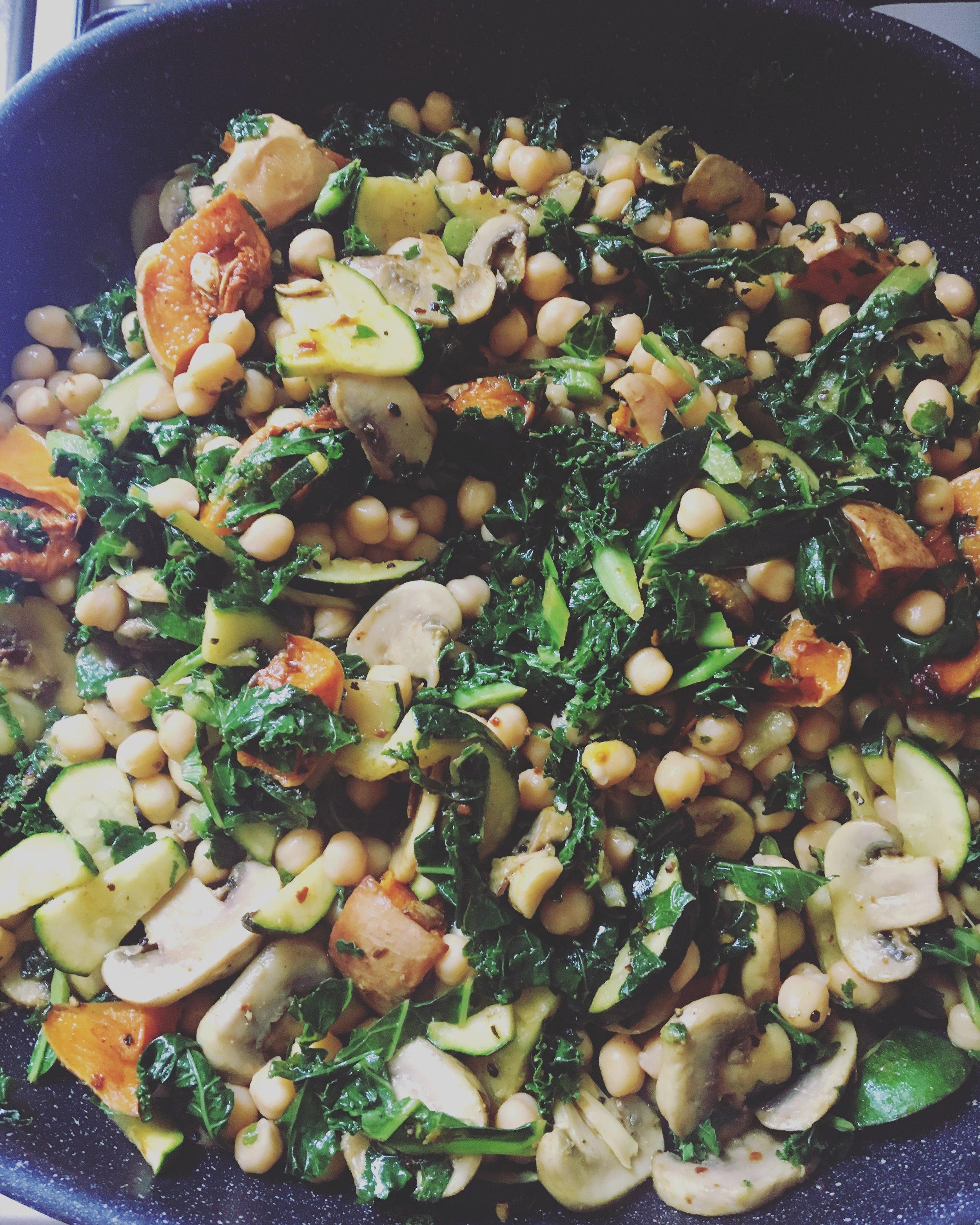 Ras El Hanout Pumpkin Chickpea Kale.JPG