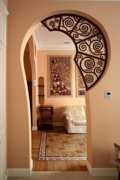 A quirky way to link two rooms.