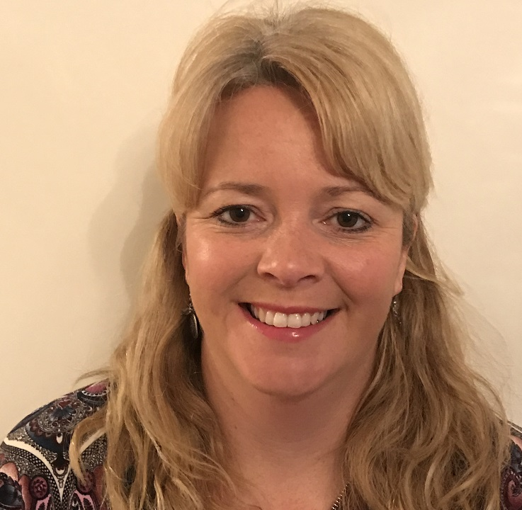 """MIA JONES -   R&D Information Manager, Torbay and South Devon NHS Foundation Trust   """"Attributes & workflows- Connecting trust departments & performance"""""""