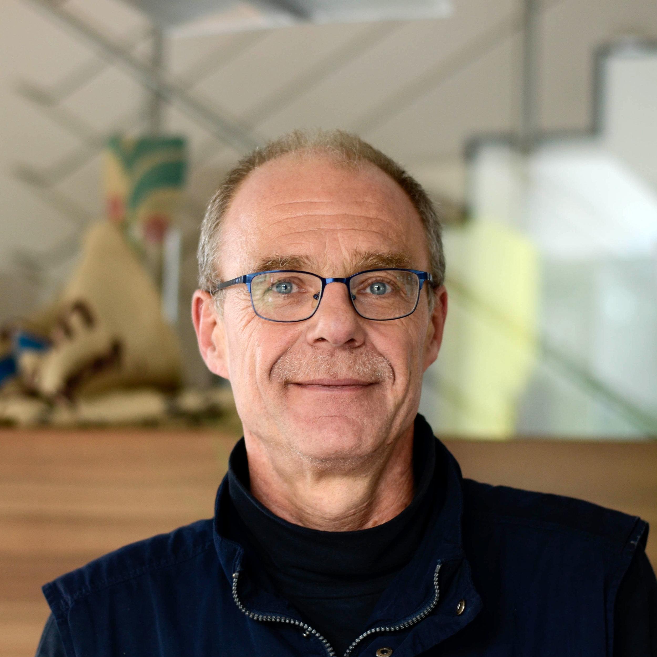 Peter Luis  Leitung Logistik