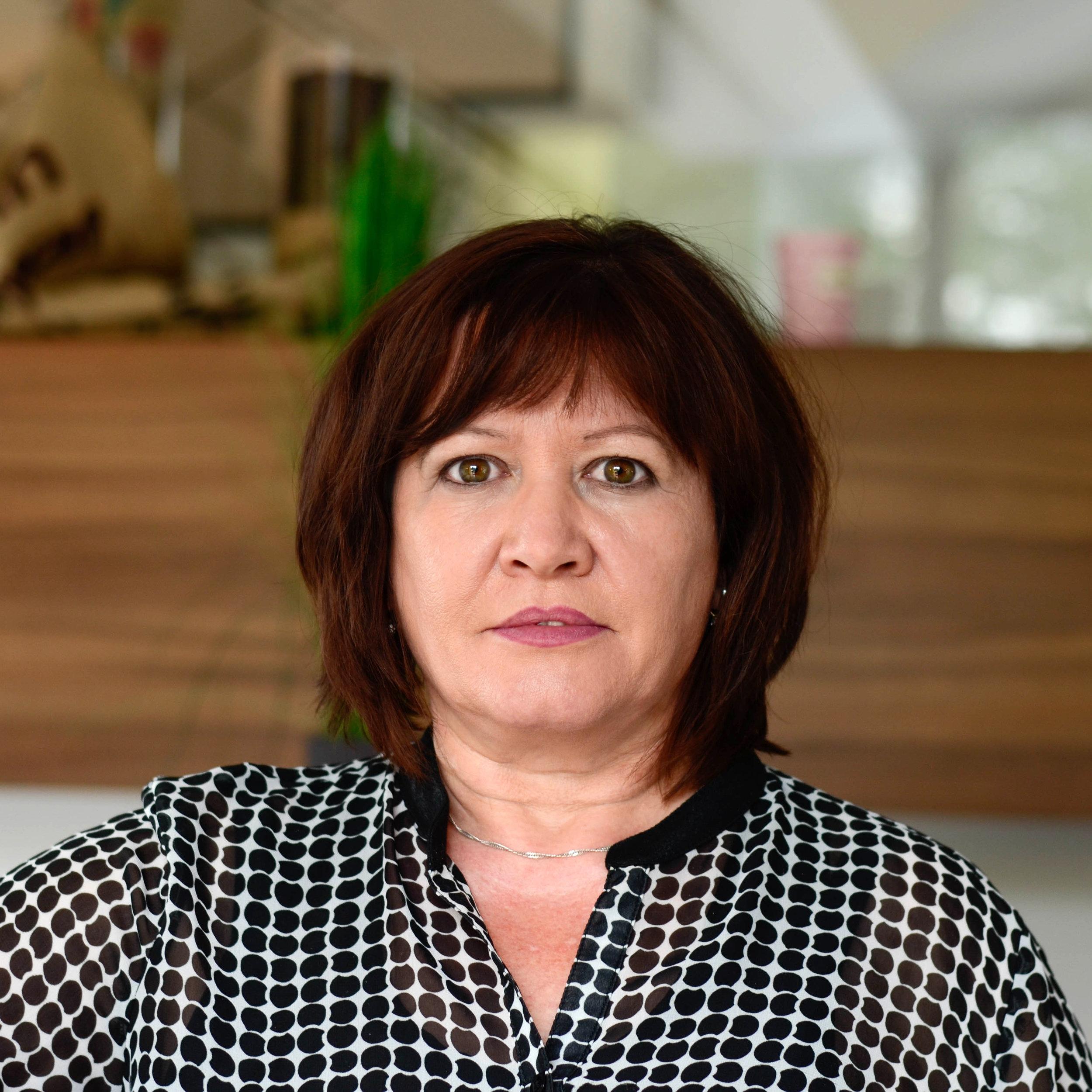 Elena Hoffmann   Innendienst