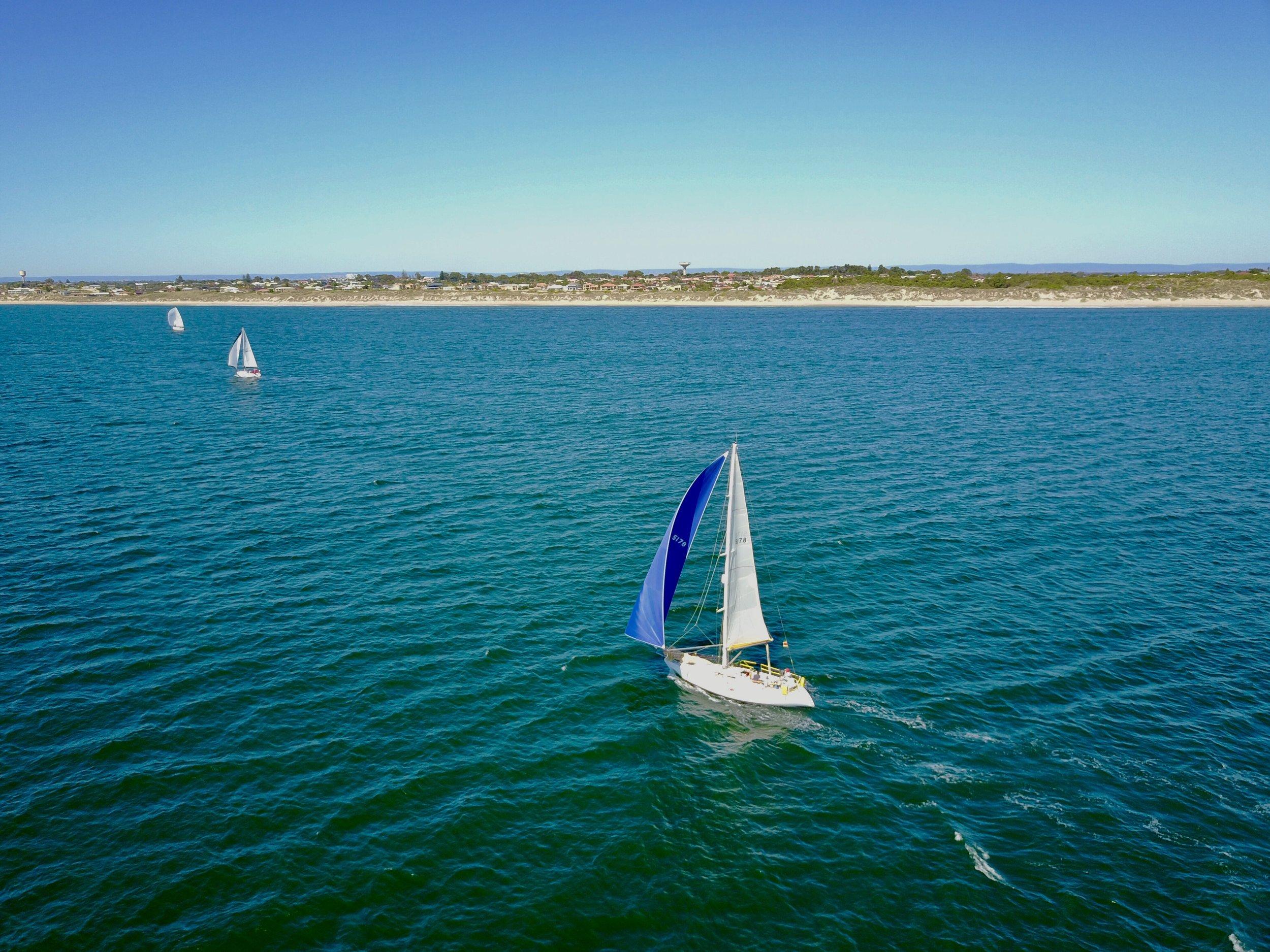 Avalon-sails-offshore-sailing-mandurah