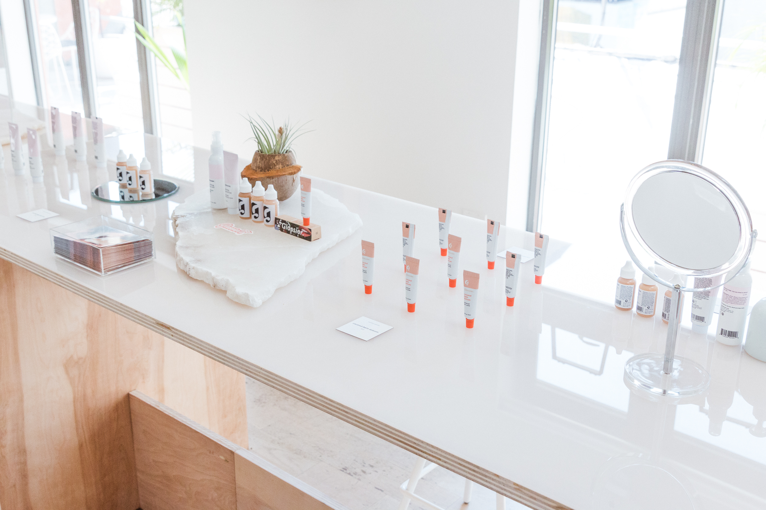 Racked — Emily Weiss On Opening Glossier's Headquarters To The Public - Online businesses dipping their toes into offline waters often use office space as a retail testing ground: Warby Parker, Bonobos, BaubleBar, and others have all welcomed customers to their HQs in similar ways.