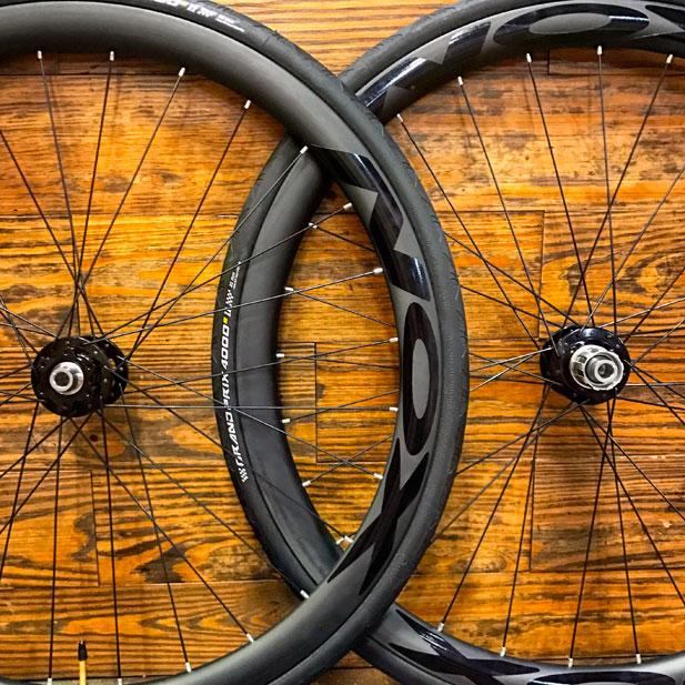 Chris King R45 disc hubs with NOX Composites carbon rims