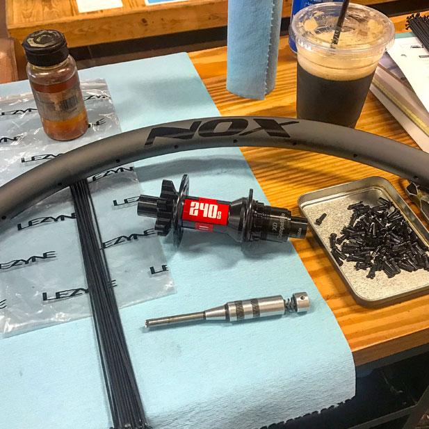 DT Swiss 240 hubs with NOX Composites carbon rims