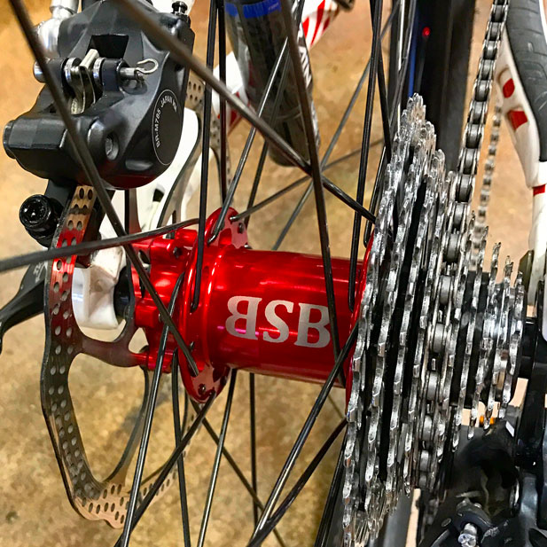 Onyx Racing Products custom hubs with DT Swiss red alloy nipples & Stan's No Tubes rims