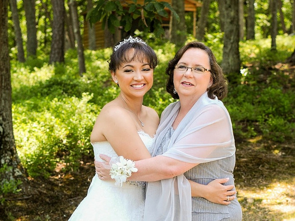 tessa and her mom.jpg