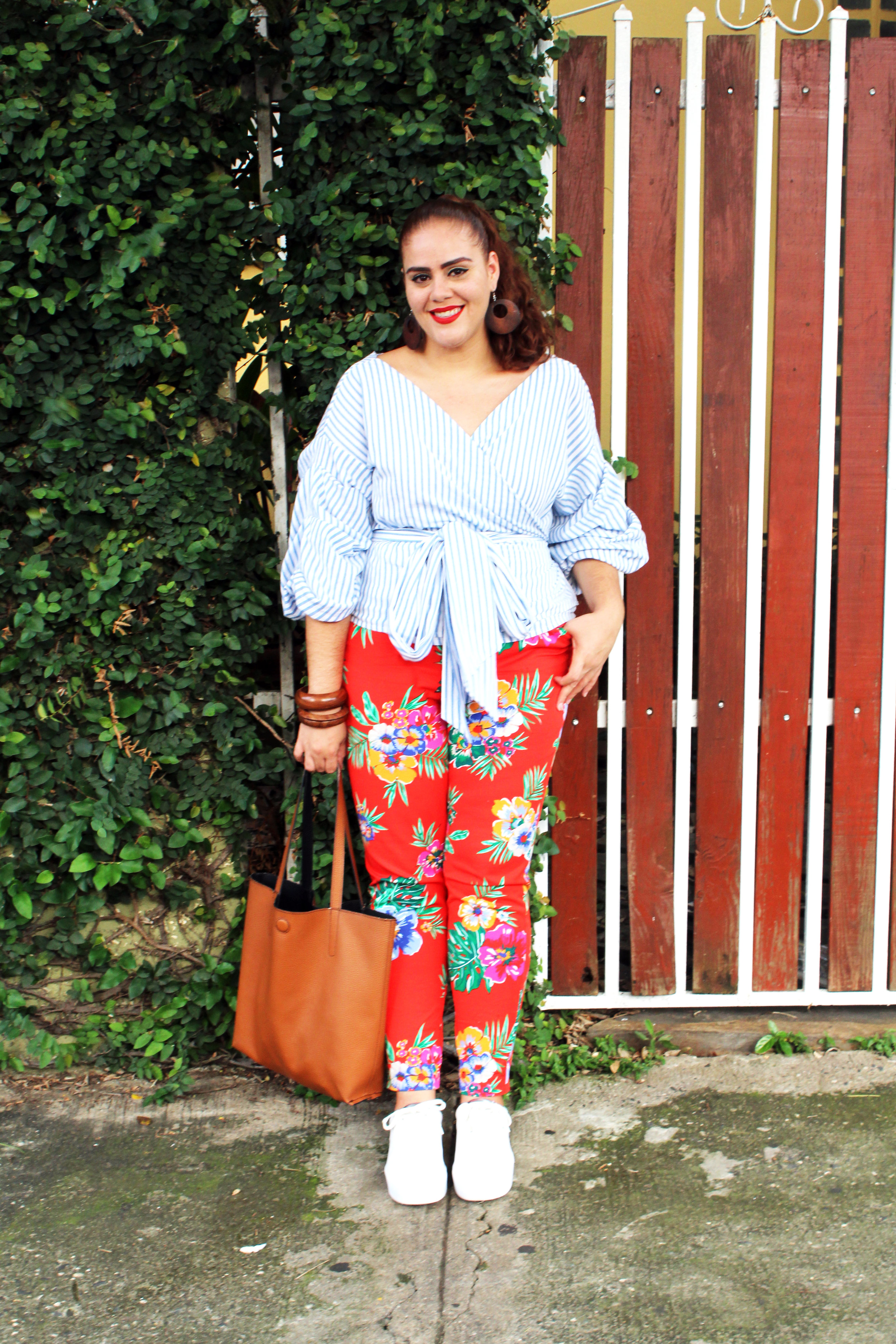 GS Loves Me Sweetheart Striped Top ,  Old Navy Mid-Rise Pixie Ankle Floral Pant ,  Beya Wooden Accessories ,  George Reversible Tote ,  Zara White and Silver Sneakers
