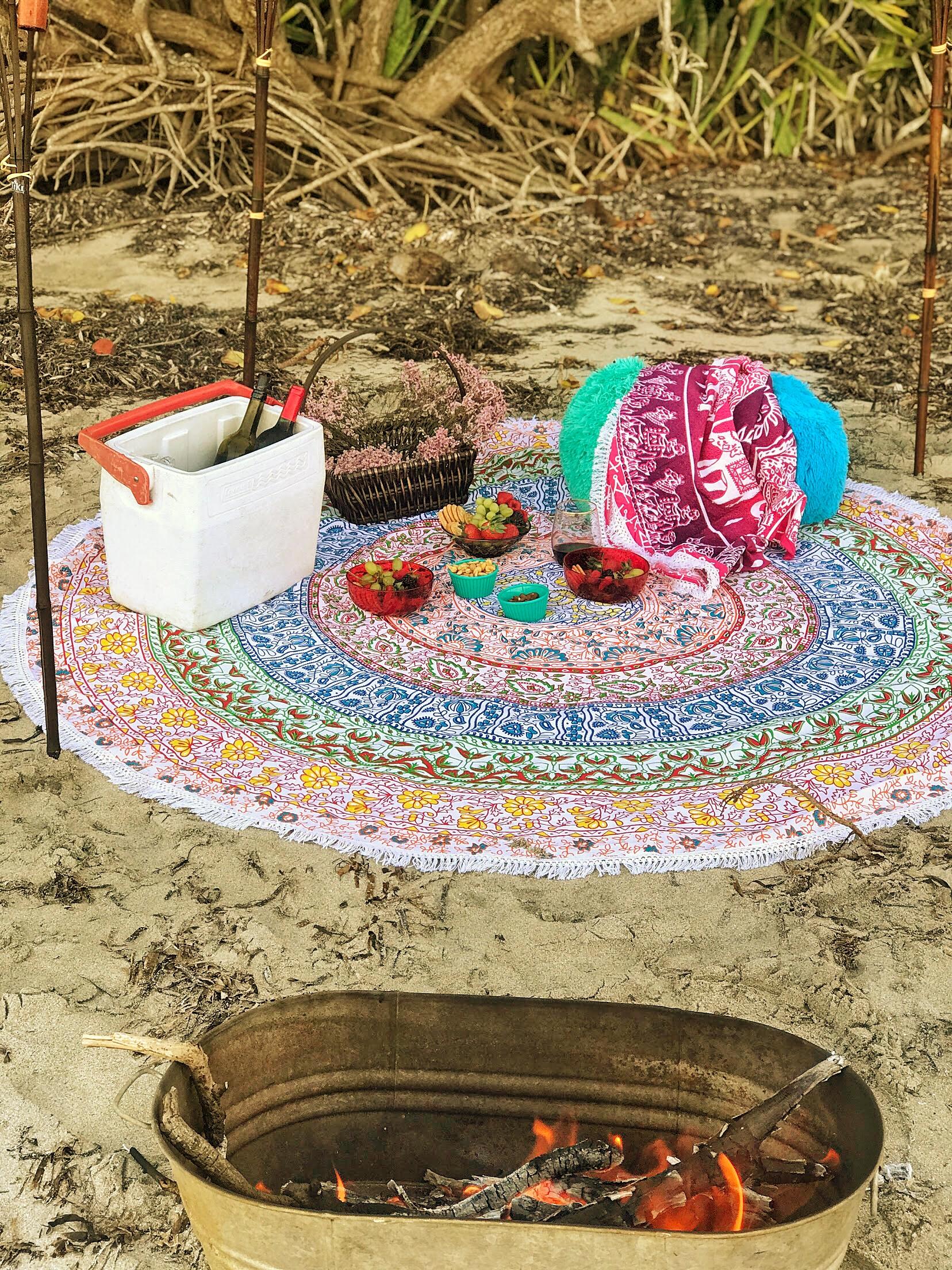 Color Inspiration Round Beach Blanket  |  African Days Round Beach Blanket