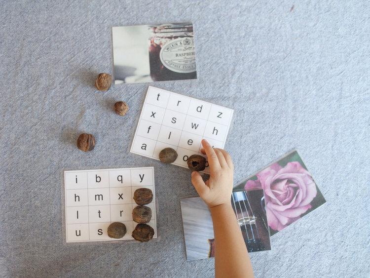 The Peaceful Preschool // FREE Phonogram Bingo