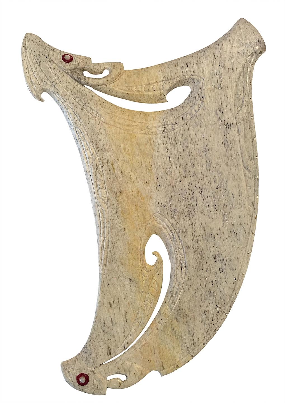 Rei Puta Nui  Visesio Siasau, whale bone