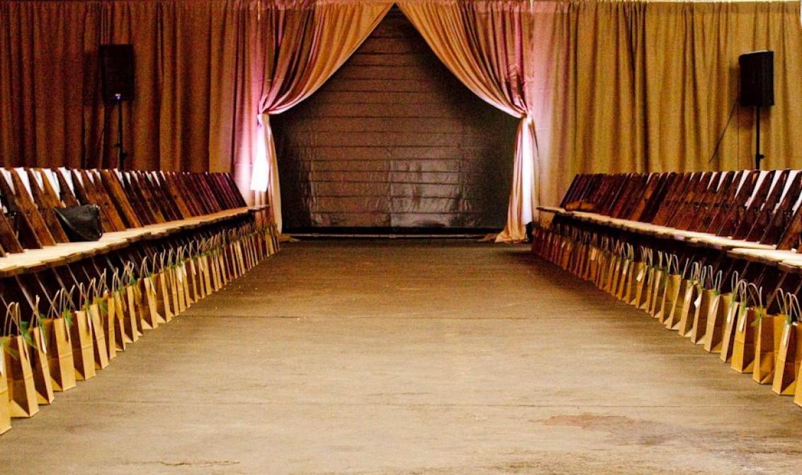 front-row-7-seats1-1132x670.jpg