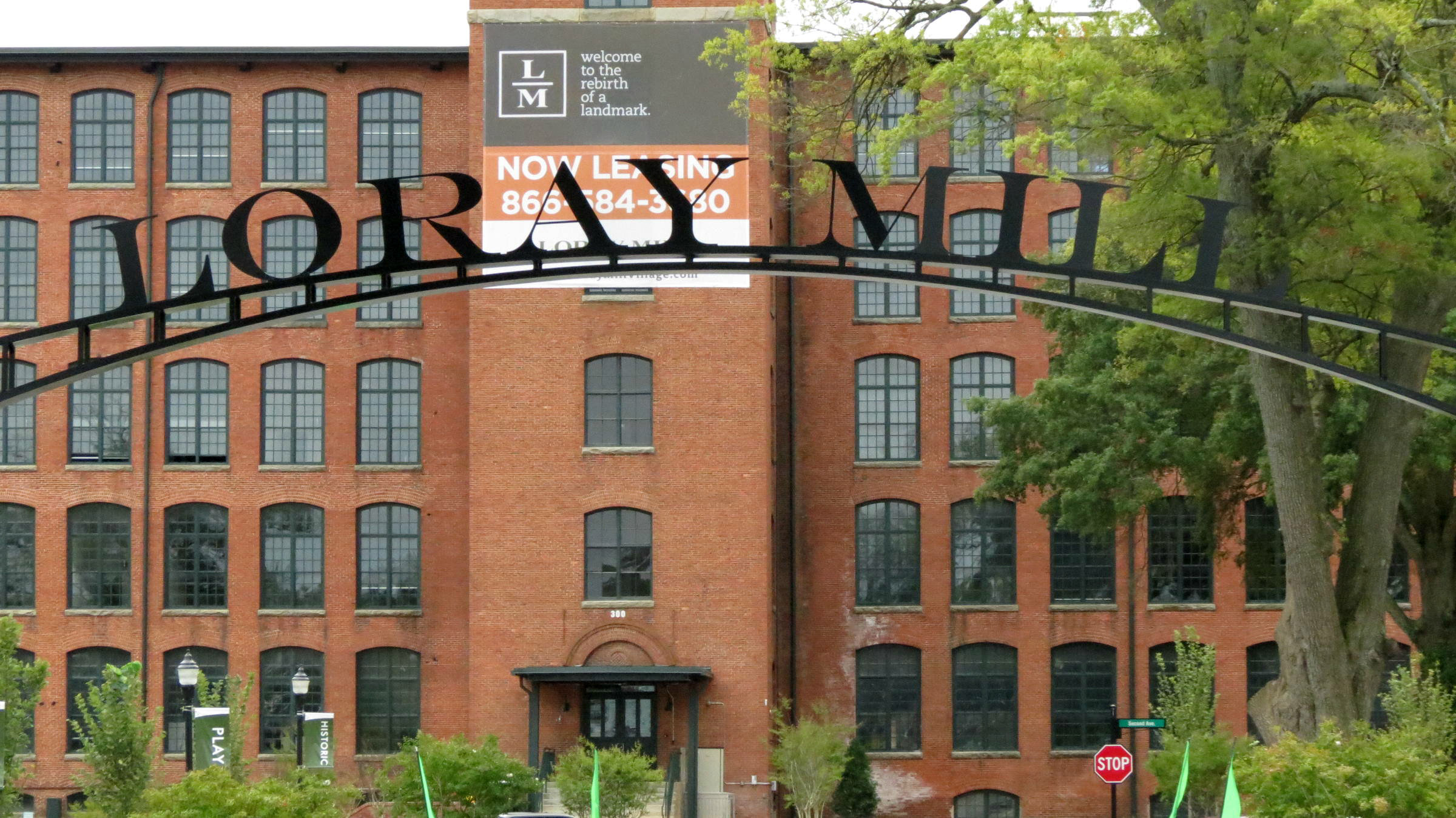 Loray Mill<a href=loray-mill-event-hall>→</a><strong>600,000 sqft Renovated Textile Mill</strong>