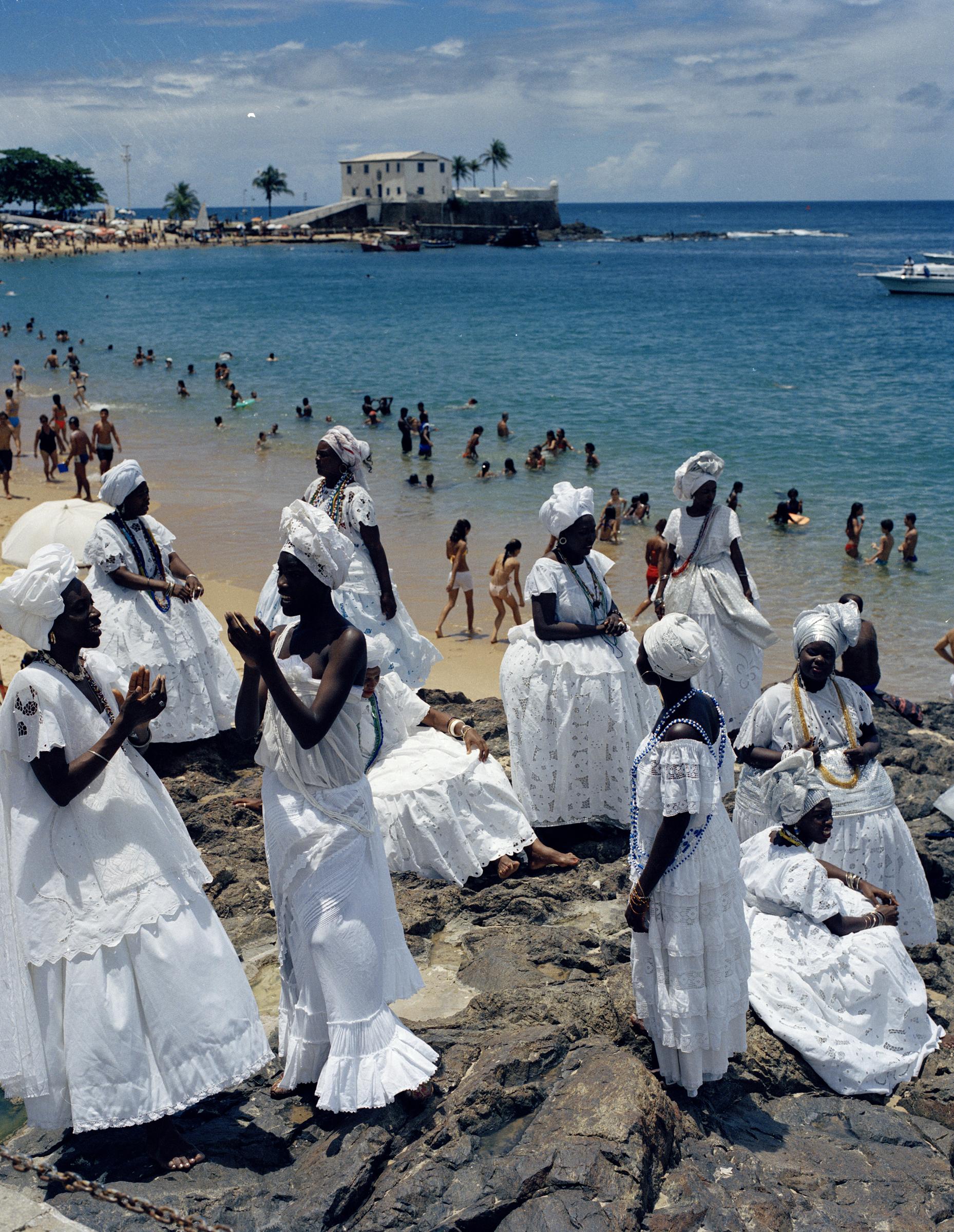 BAHIANAS ON THE BEACH