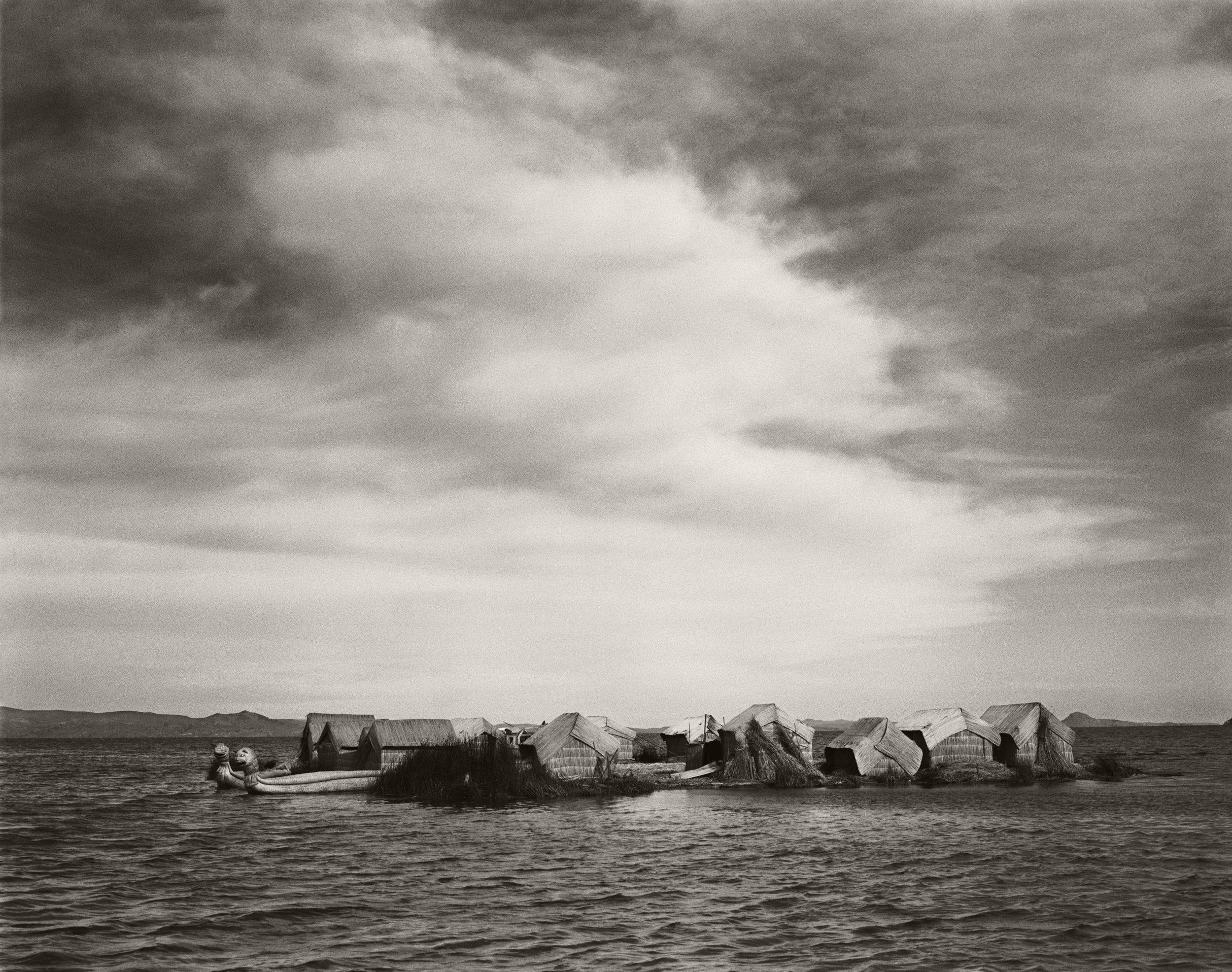 FLOATING UROS ISLANDS