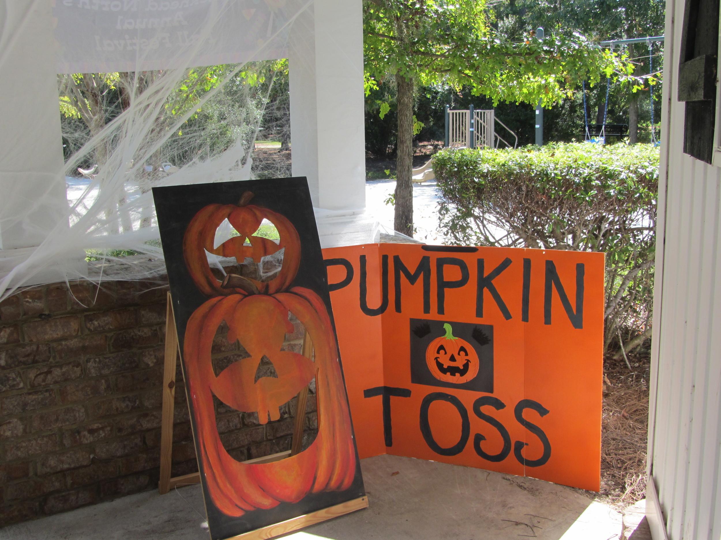 2013 Fall Harvest Fest (13).JPG