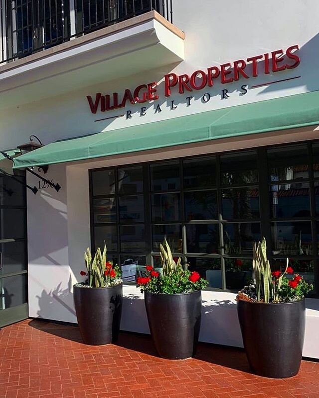 🚨T-minus 2 days🚨Another sponsor and nominee all rolled into one!🙆🏻 Our next Large Business nominee is @villagepropertiesrealestate 🎊 Make sure to register by 11:55pm for your spot at our 12th Annual Regional Business Awards🏆