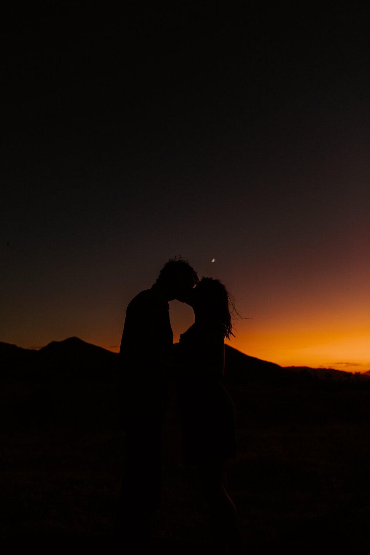 Joshua Tree Sunset Engagement Session | Palm Springs Wedding Photographer | Los Angeles Wedding Photographer | Tida Svy | www.tidasvy.com