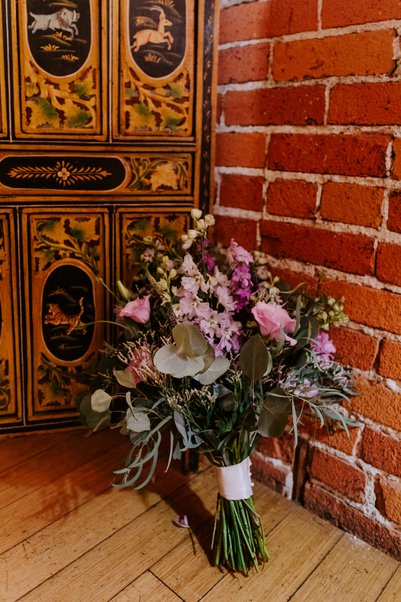 Rustic wildflower bouquet | Carondelet House Wedding in Downtown Los Angeles | Los Angeles Wedding Photographer |Tida Svy Photography | www.tidasvy.com