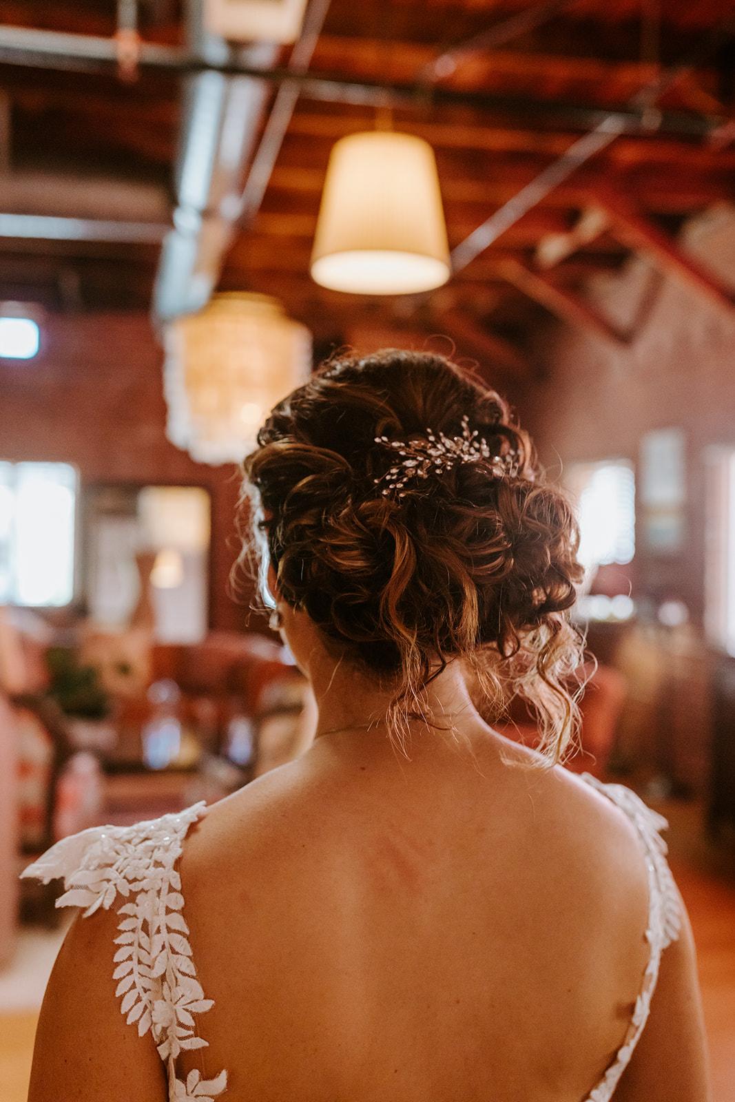 Loose romantic bun wedding hair | Carondelet House Wedding in Downtown Los Angeles | Los Angeles Wedding Photographer |Tida Svy Photography | www.tidasvy.com