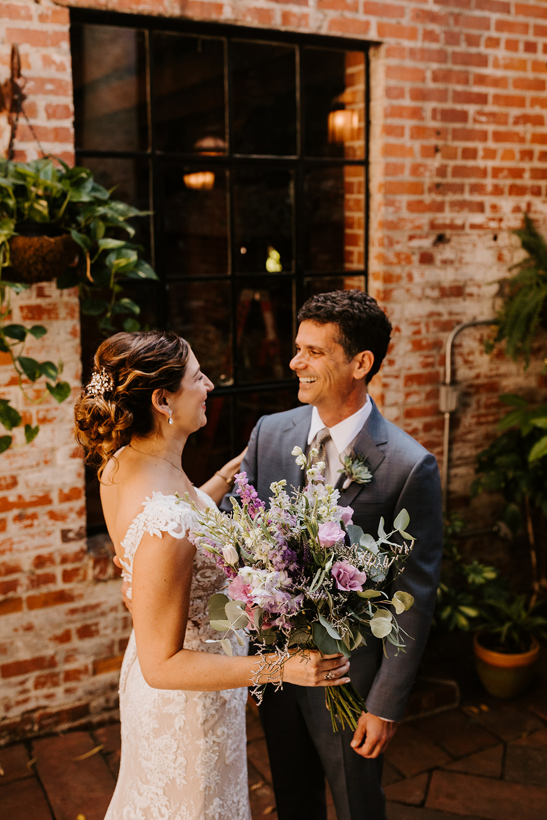 Carondelet House Wedding in Downtown Los Angeles | Los Angeles Wedding Photographer |Tida Svy Photography | www.tidasvy.com