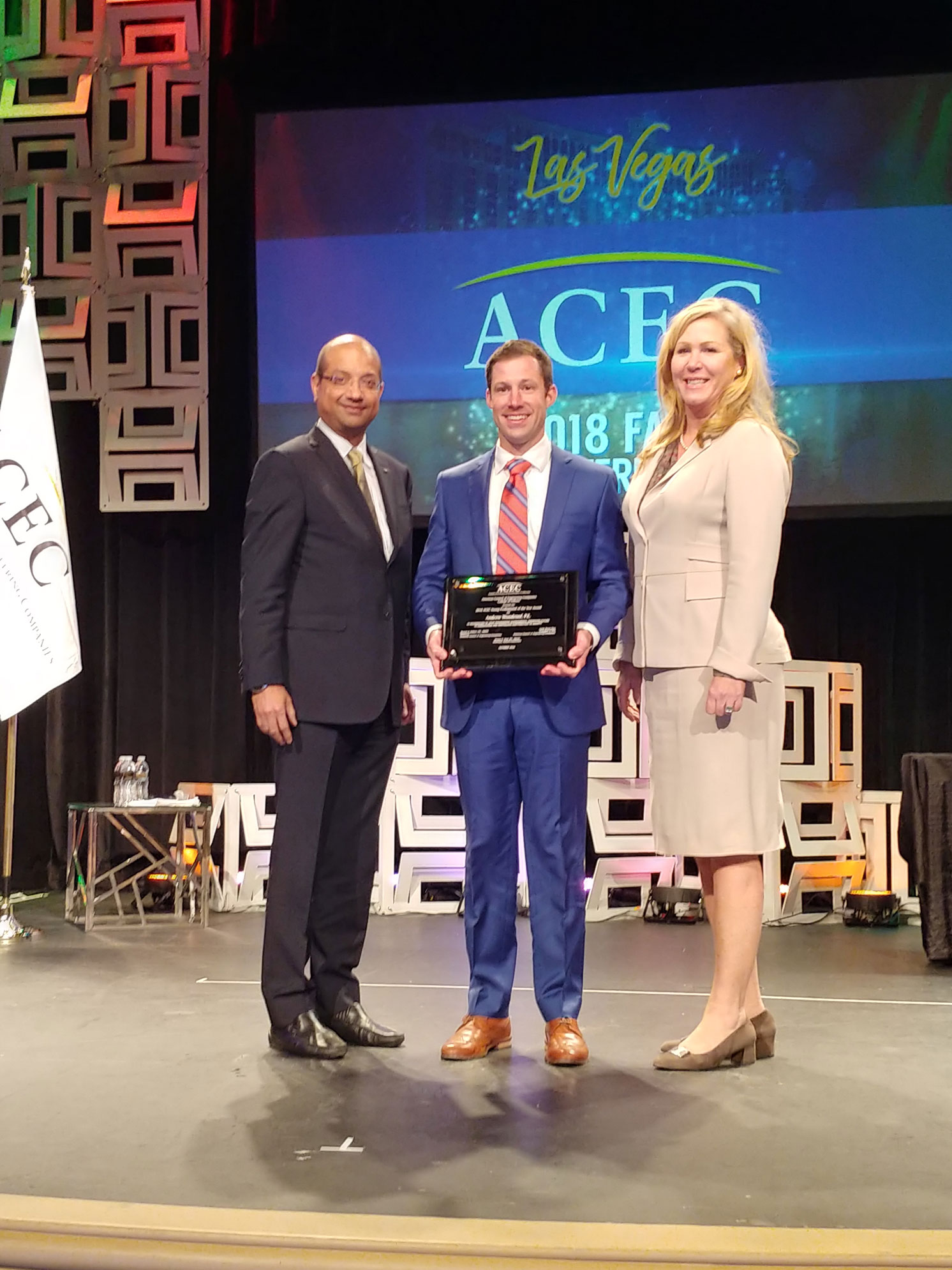Andrew Woodroof receives ACEC Young Professional of the Year Award
