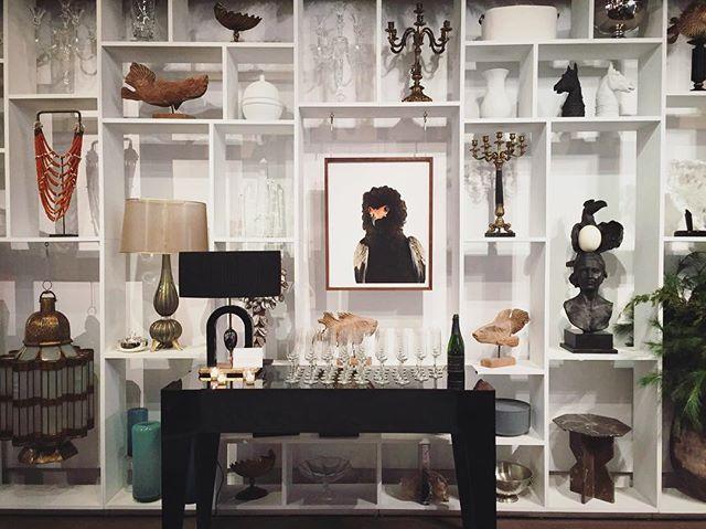 It's always a pleasure to spot Art and Method pieces on the wall🦌 Tsavo 👆(framed in walnut👌) #WhenWalkingAroundNYC #NYC #Brooklyn #NewYork #gallery #interiordesign #largeformat #artcollective