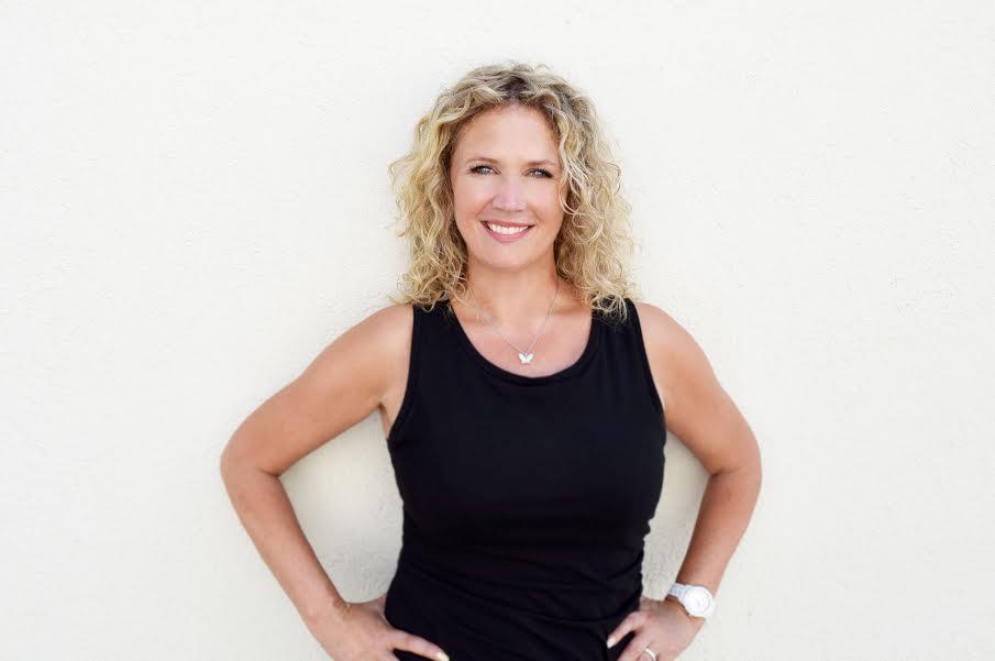 Beyond-The-Technique-Blog-Leading-and-Learning-at-the-Same-Time-Kellie-Johnson-Elan-Hair-Studio-Kati-Whitledge-Samantha-Georgson.jpg