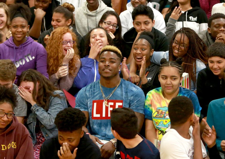 NFL draft hopeful comes home to inspire Glassboro students