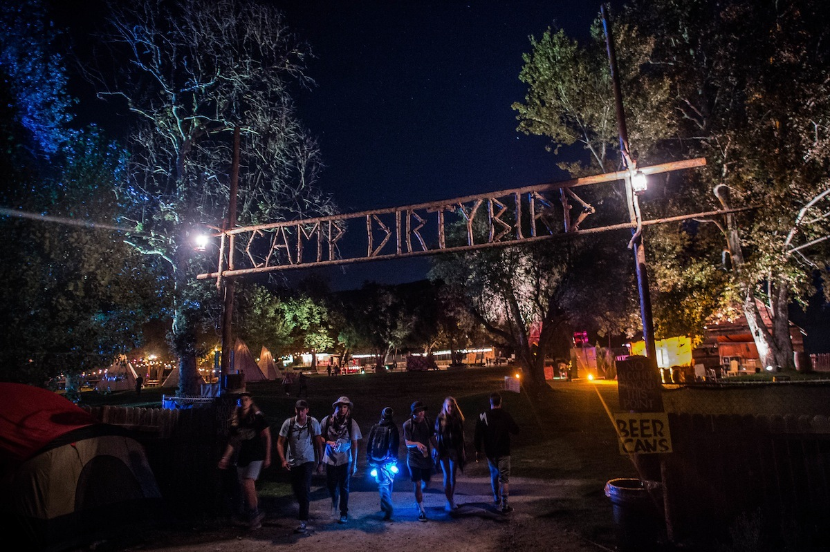 A Letter Home to Mom and Dad from the Dirtybird Campout (THUMP, 2015)
